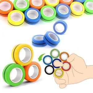 3pcs / Set anneau magnétique de relief jouet anti-stress firsears Stress Reliver Reliver anneau de doigt Fidget Spinner Toys Anneaux magnétiques pour adultes Cadeaux pour enfants