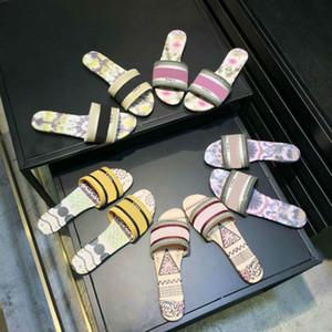 Cuero del diseñador de lujo señoras de las sandalias del verano plana del deslizador de la mujer cabeza grande de playa de moda Zapatilla Rainbow letras zapatillas