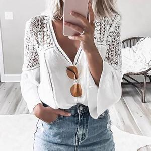 AYUALIN Белого Flare рукав кружево блузка Женщина Top марочного V шея Hollow Летней блузка рубашка 2020 Повседневного BOHO blusas плюс размера