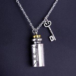 Hot Sale Pendant Necklace Eat Me Drink Me Charm Alloy Bottle Pendant Necklace For Men And Women