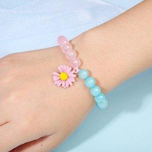 New Natural Stone Crystal Beaded Bracelet Women Sun Flower Charm Pendant Bangle Small Daisy Bracelet Handmake 8mm Beads Hand Chain Jewelry