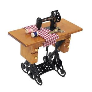 Mini Machine à coudre avec fil pour bois 1/12 Dollhouse Furniture Miniature