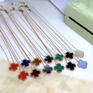 Die neue weibliche 925 silberne Art und Weise klassische doppelseitige vierblättrige Kleeblatt Halskette weibliches Temperament ins Claviclekettenhalskette einfach wilde