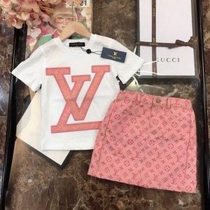 Designer Klage 2pcs Klagebabykleidungssatz Babykleidung Frühling 2020 neue Großhandel heiß elegant hübsch J2OH 4E38