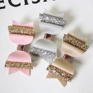 Nuovo 15pcs / lot Bella bow di fiocco glitter grande dimensione 10,5 cm tornante carina PU in pelle PULINA PULSINA MODALE Girls Prince Capelli clip bowknot clip Y200710