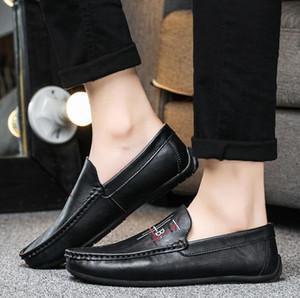 2020 luxo Lazer couro sapatos da moda Designer marrom sapatos de couro Amarrado treinador dançar Esportes masculinos sapatos de condução homens planas sapato