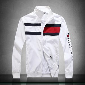 Men's coats spring jacket Korean version of the trend of slimThin bla and handsome casual spring and autumn men's clothing autumn