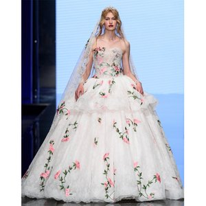 2020 Spring and summer Romance in Hoh Xil Style Wedding Dresses Strapless Embroidery Flower Applique Bridal Wedding Gowns