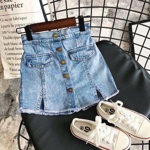 INS neonata scherza pantaloncini di jeans PantsNew ragazze di arrivo rappezzatura del denim pantaloncini estivi Fashion Girls Shorts 2-7 anni