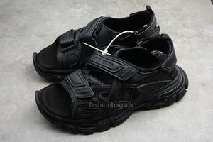 track shoes men women sandals beach holiday casual sneakers balanciaga sandal slippers triple pink black