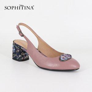 SOPHITINA New Big Size Woman's Sandalen Schaffell Partei Schnalle Mode-Blumenmetalldekoration Schuhe Fersenriemen Pumps SC19 Y200620