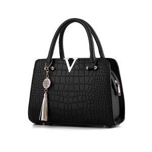 Luxurys Crocodile Bags Purses And B Casual Brand Bags Designers Shoulder Famous Ladies Handbags Hand Women Pattern Luxury Designer Wild Linf