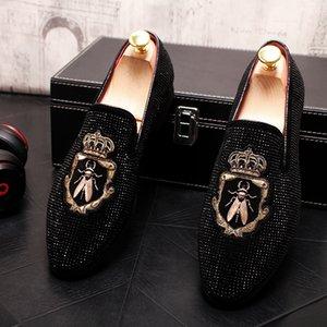 2020 новых люди способа Rhinestone металл вышивки Причинной Flats Мокасины обувь Мокасины Мужская свадьбы выпускной вечер обувь для Человека Zapatos Hombre