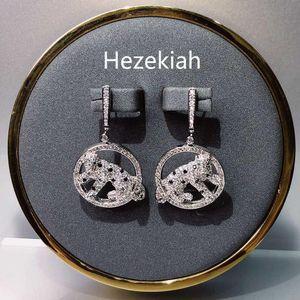 Hizkiya 925 Tremella İğne Leopar Küpe Leopar kulak Çıtçıt Bireysel agresif moda bayan kulak Çıtçıt Üst düzey kaliteli Eardrop