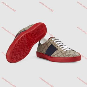 2019 New Fashion White Red Bottom Mens Womens Designer Sneakers Low Top Casual Flat Men Designer Sneaker Outdoor Unisex Driving Shoes