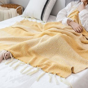 Europe and America Style Knitted Blanket Fashion New Rhombus Fringed Shawl Casual Home Sofa Blankets Travel Portable Blanket