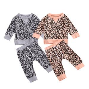 Bebek Leopar Giyim Uzun Kollu Leopar Üst + Pantolon 2pcs / set Boy Kız Pijama Takımı Moda Butik Casual çocuklar Kıyafetler M2335 yazdır ayarlar