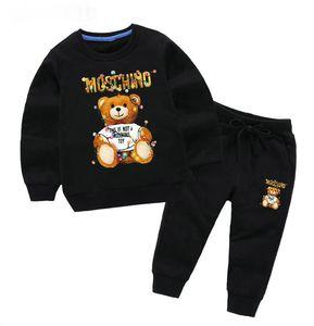 2020 New Designer Baby-Herbst-Kleidung stellen Kinder Marke Jungen-Mädchen-Langarm-Kapuzenshirt Top + Pants 2 PC-Klagen Bär Mode Anzug Outfits coco