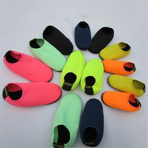 나일론 스노클링 양말 단색 비치 신발 워터 파크 수영 양말 해변 여행 패션 남성 여성 4 8 채널 D2