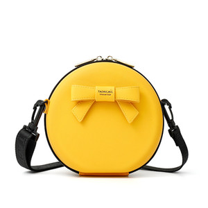 High Quality 2020 Fashion Korean version of versatile Small Round Bag Cute Girls' simple one shoulder messenger bags Portable Cosmetic Bag