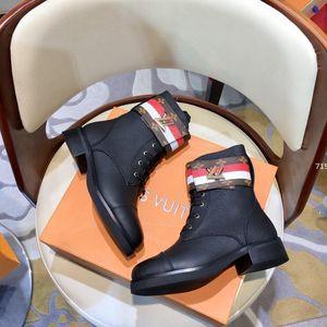 75 Winter Women Outdoor Boots Warm Elastic Knitted luxurydesigner Socks For Hiking Boots Waterproof Women Casual Martin Boot d0