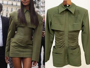 유럽과 미국의 최신 스타 폭발 모델 슬림 두꺼운 어깨 셔츠 칼라 가방 엉덩이 이브닝 드레스