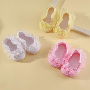 Cute Baby Shoes Infante recém-nascido Criança antiderrapantes Lace Frilly Flower Shoes Fashion Girls Criança Primeiro Walker Cozy 3 cores