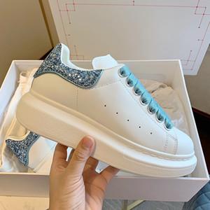 Новый цвет Женская Мужская мода повседневная обувь кроссовки кожа Бархатные платья партии платформы теннисные туфли тренер Glitter Black Silver тапки