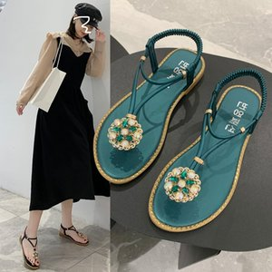 The new toe sandals 2020 Bohemia han edition diamond peep-toe shoes summer beach flat foot female joker Rome