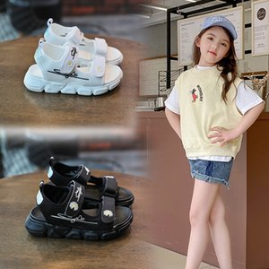 2020 and Embroidered girls sandals new medium and large Children Korean embroidery sandals light chrysanthemum flying woven