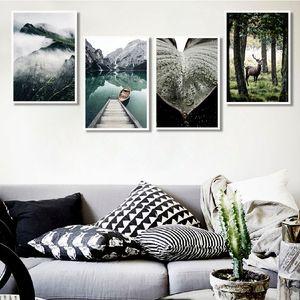 Lake Mountain Reflection Imagem Natureza Cenário escandinavo Poster Nordic Decoração de impressão Pintura de parede Art Landscape Canvas