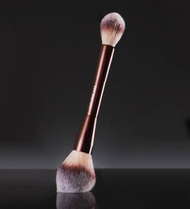 Dropshipping İyi Kum saati Ortam Aydınlatma Düzenleme Makyaj Fırça Çift multi-fonksiyonel Yüz Bronzlaştırıcı Allık Pudra Kozmetik Fırçalar Sona