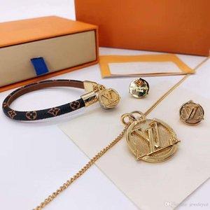 Nuevo escudo de la manera salvaje conjunto de joyería de lujo de la personalidad de diseño de las mujeres collar de la joyería de lujo de diseño pulseras