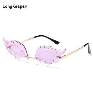 Фиолетовый Rimless Солнцезащитные очки Женщины 2020 Листья Cat Eye Солнцезащитные очки Flame Wave Trending Ограниченный Streetwear очки