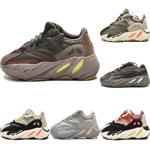 2020 Runner 700 V2 Enfants statique réfléchissant Chaussures de sport Originals Kanye West 700 Runner Calabasas Inertie Chaussures Amorti Jogger