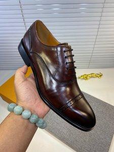 Zapatos de vestir masculina Brogue 2020 cuero genuino del diseñador de moda para hombre de la marca de negocio Zapatos Hombres planos ocasionales 38-44