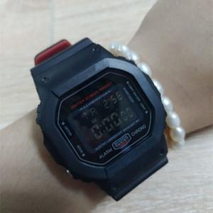 Montres de luxe Shock DW5600 hommes LED numérique miliaire Armée Montre-bracelet unisexe Femmes cadran carré Montre sport Back Light Alarm Wristwatch