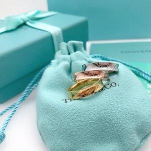 새로운 럭스 러브 링 로즈 골드 316L 티타늄 선물 1PCS 드롭 배송 아름다운 골드 반지 높은 품질 링 보석 G 사랑의 보석