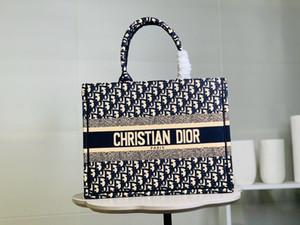 Vintage Luxury Designer Handbags Womens Canvas Shoulder Bags High Quality Casual Cross Body Bags 2020 Latest Messenger Bags d157