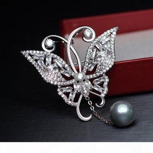 R High Quality Women Dress Wedding Bridal Zircon Butterfly Brooch Pin With Pearl Pendant Fashion Jewelry Party Gifts