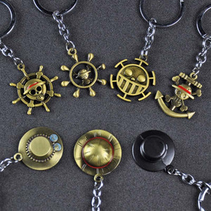 One Piece Nautical King Around Straw Hat Road Flying Sauron Metal Keychain Men and Women Couples Key Chain Rings Pendant