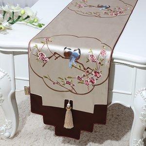 Neueste Blumen Vögel Luxus Hochzeit Tischläufer Chinese Silk Brokat Dinner Table Cloth Rectangle Weihnachten Tischdekoration Mat