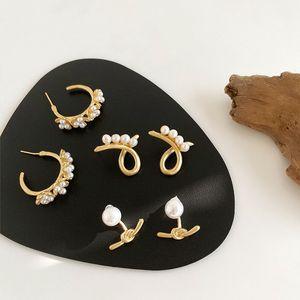 Fashion Matte Metal Kont Flower Hoop Earrings For Women Elegant Simulated Pearl Earring Charm Jewelry Gift Brincos 2020