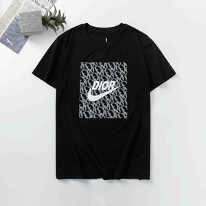 Italy Designer Men's T-Shirts Apparel Europe and The The World's High-quality Printing Is Very Perfect Head There Medusa Label