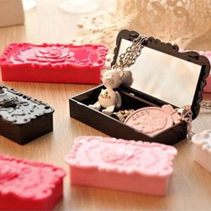 Retro Butterfly Rose Makeup Cosmetic Cotton Pad Storage Box Case Holder.Jewelry Boxs.Brush Pen Table Organizer.Home Decor F20171633