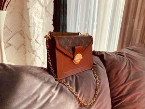 Fashion Handbags Leather Chain Handbags Gold Hardware Diagonal Shoulders Multi-function Bag women 0323