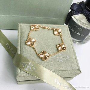 Neuer Ankunft S925 Silber Charme Armband mit fünf Blumen und Diamanten Paßt europäischen Stil Schmuck Charm Armband Schmucksachen freies Verschiffen