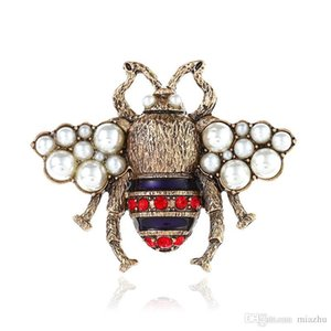2018 New High Quailty Fashion Rhinestone Animal Brooch Jewelry Lovely Alloy Bee Brooches Pins Accessories For Women