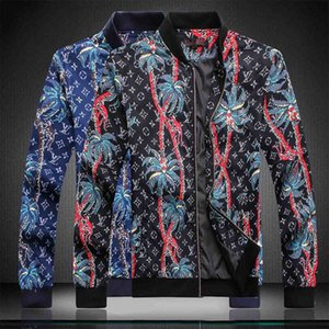 2020 Mens Designer Jacket Hooded Jackets Men Fashion Pattern Print Jacket Long Sleeve Zipper Outdoor Windbreaker Winter Streetwear Coat