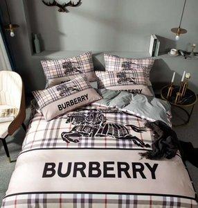 Marca cálida carta de impresión edredón de los hombres del diseñador dormitorio 100% algodón Hogar Sistemas del lecho funda nórdica 200 * 230cm hojas de la funda de almohada